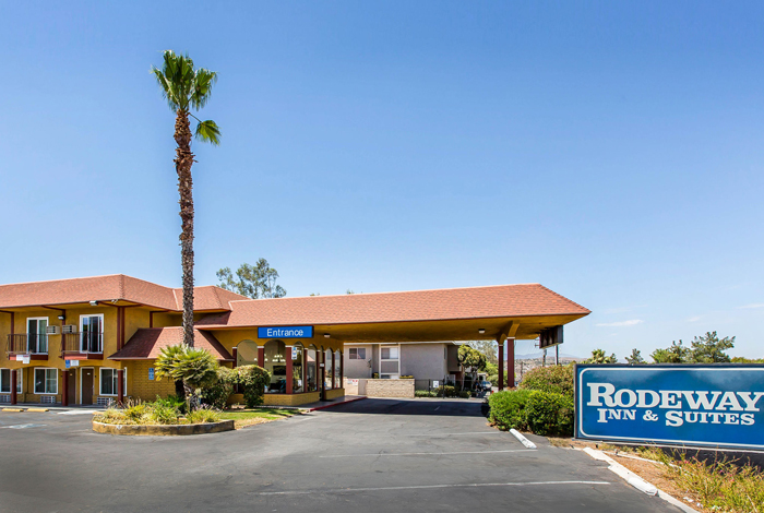 Photo Gallery Rodeway Inn Suites A Canyon Lake Hotel Near Elsinore